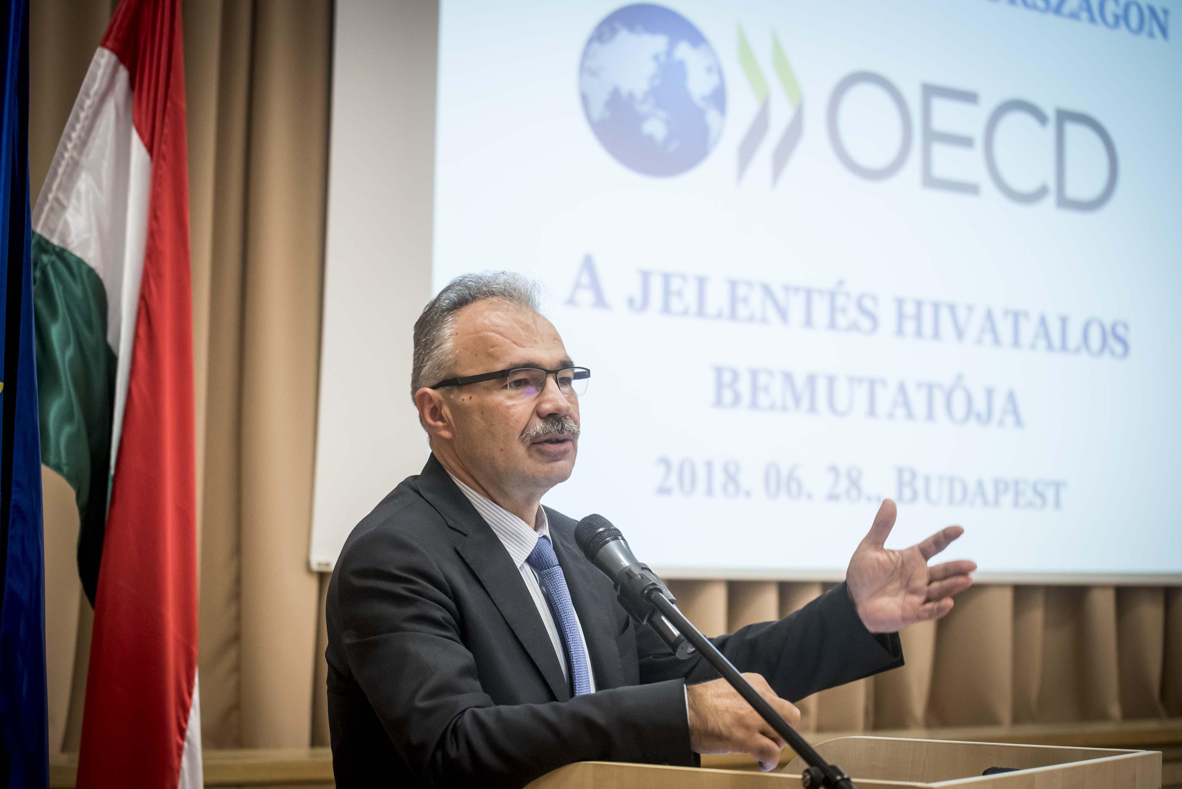 Nagy István OECD
