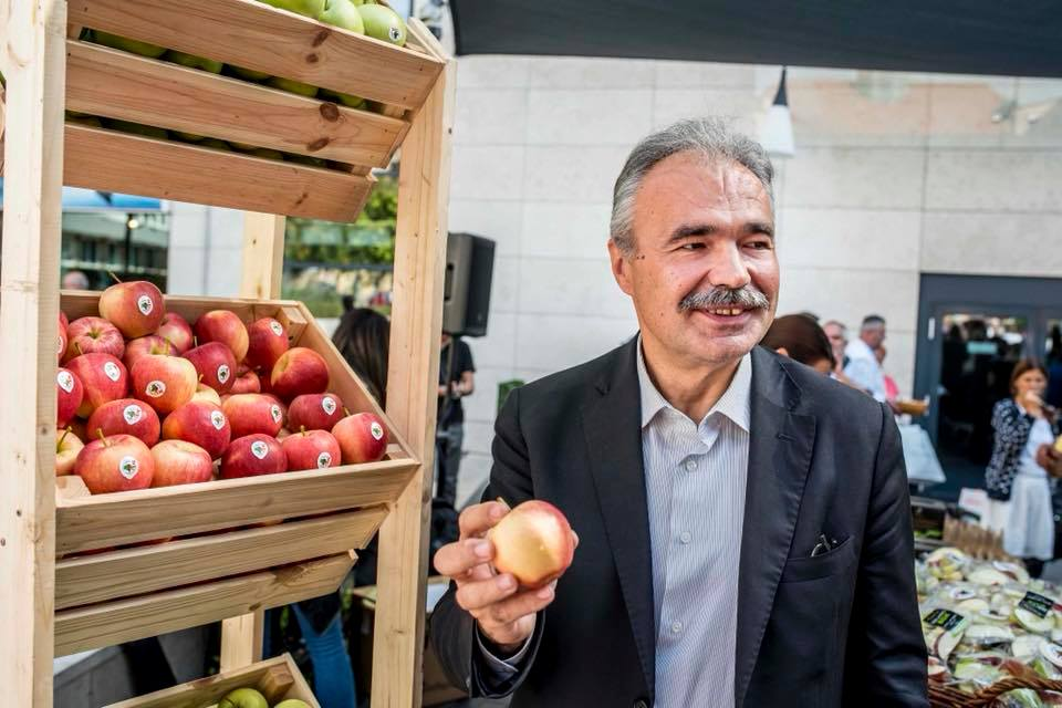 őszi almafogyasztást ösztönző kampány, Budapest - Nagy István miniszter
