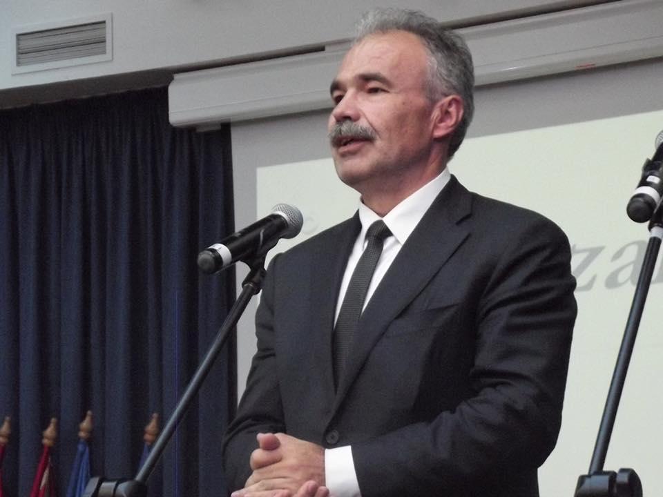 Szalagavató ünnepség a Beregszászi Bethlen Gábor gimnáziumban - Nagy István miniszter