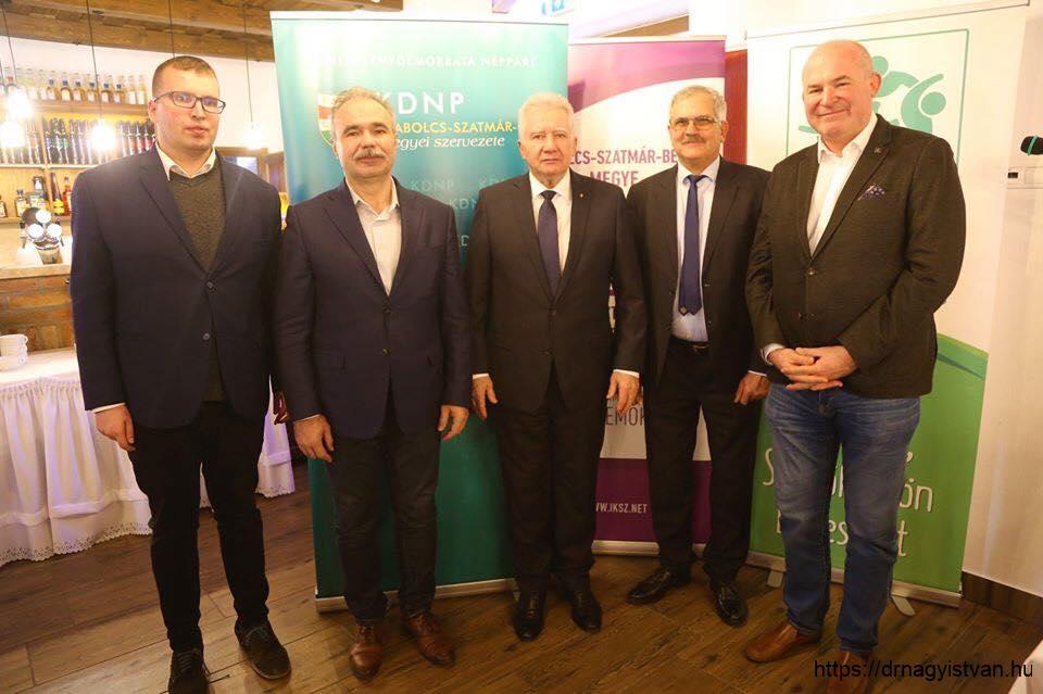 Ifjúsági-Kereszténydemokrata-Szövetség-téli-hétvége-Nagy-István-miniszter-4
