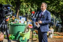 Iskolakertet-adtak-at-Leanyfalun-Nag-Istvan-agrarminiszter-3