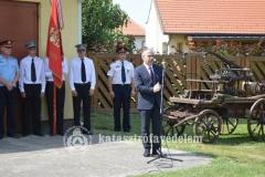 Nagy István agrárminiszter, a térség országgyűlési képviselője a Kunszigeti ÖTE ünnepségén