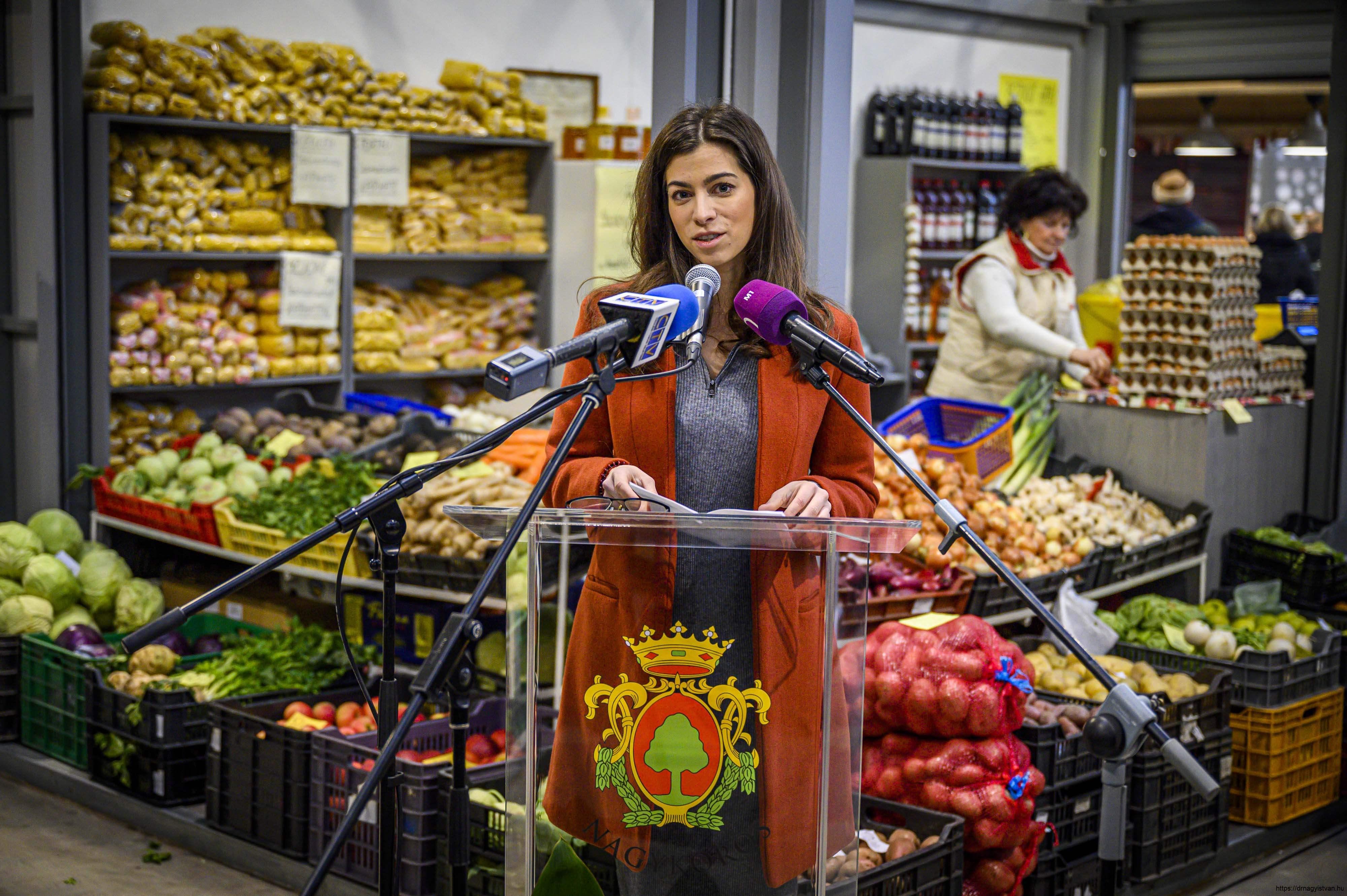 Nagykőrösi-termelői-piac-Nagy-István-miniszter-7