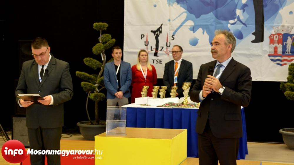 Dr. Nagy István az UFM Óvár-Kupa fővédnöke