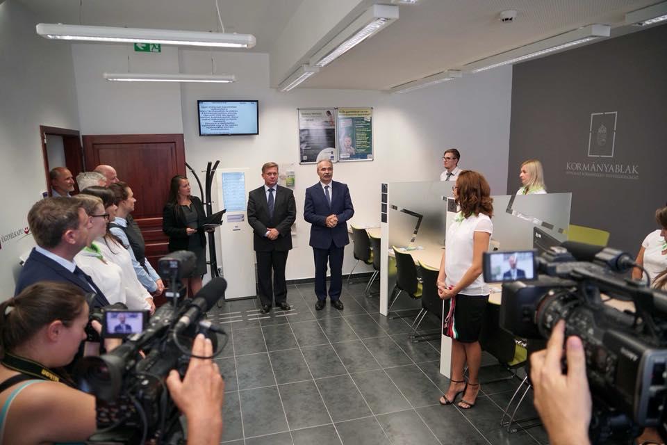 Nagy István miniszter, ogy képviselő - kormányablak átadás